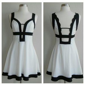 Tea & Cup Dress White Black Cutouts Size Large